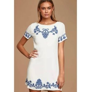 Lulu's Tale to Tell White Blue Embroidered Dress